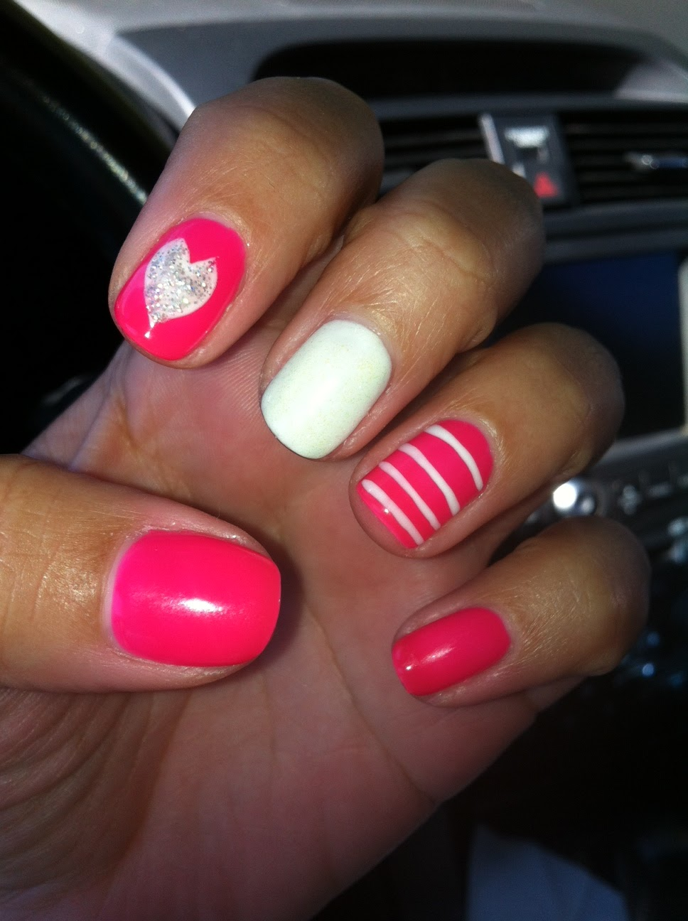 Shellac - two weeks of fine manicure