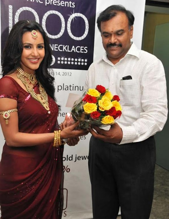 priya anand in saree at nac ewellers for 1000 diamond necklaces festival event- latest photos