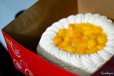 Mango Supreme Cake Red Ribbon
