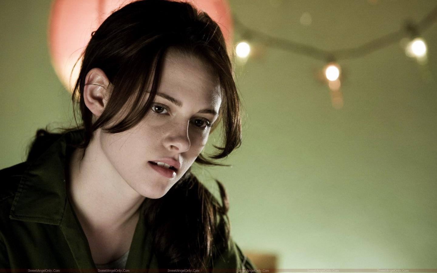 http://3.bp.blogspot.com/-Um_igf9qw68/TX4dvuN8fFI/AAAAAAAAFkM/IBDElspne4M/s1600/kristen_stewart_hollywood_hot_actress_wallpaper_sweetangelonly_09.jpg