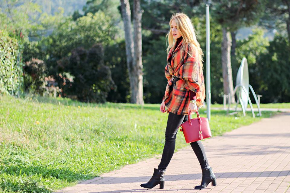 plaid poncho, tartan scarf, fall colors, outfit