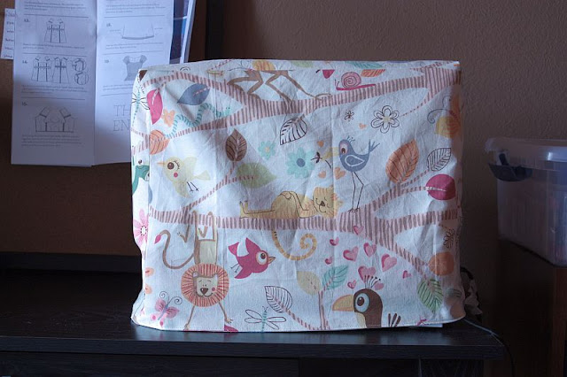 Reversible Sewing Machine Cover