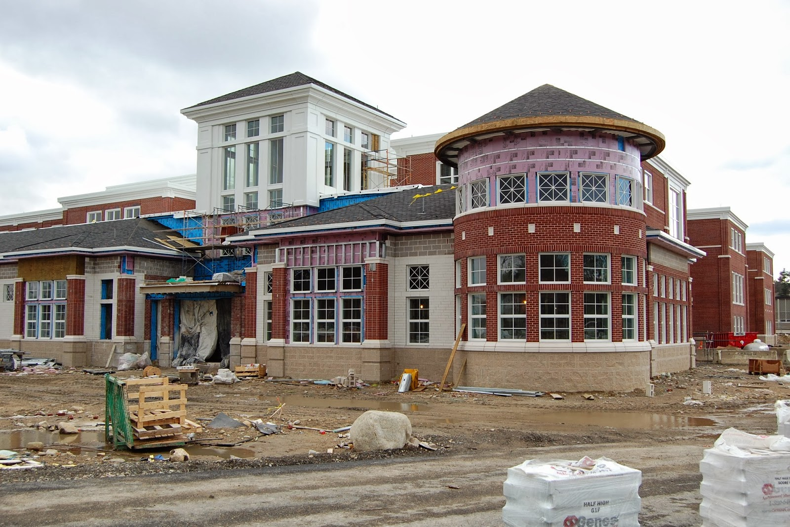 new Franklin High School under construction
