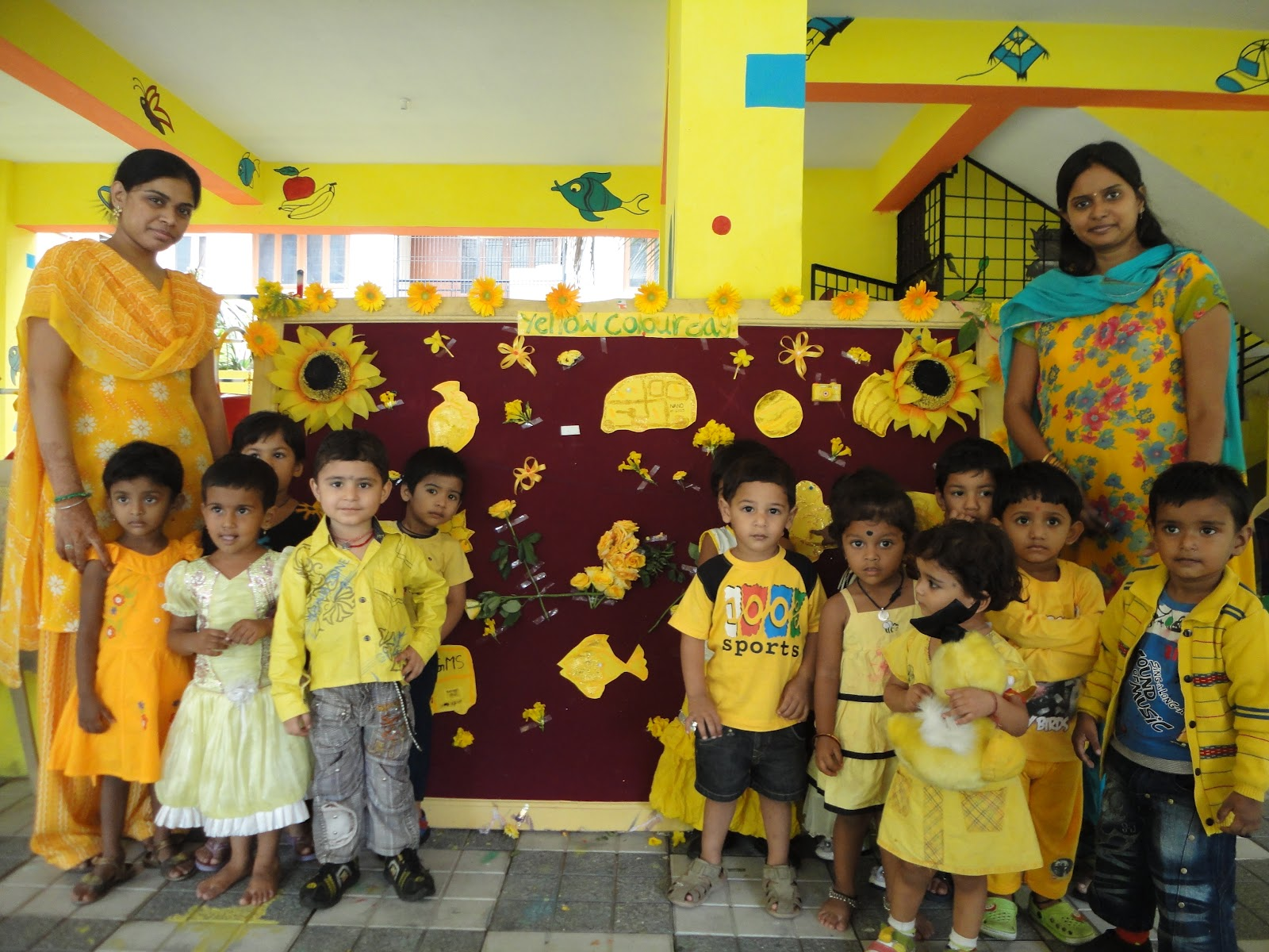 yellow day celebration in preschool gowtham model school himayathnagar 143