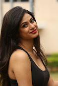 Zara Shah photos at Aithe 2 launch-thumbnail-20
