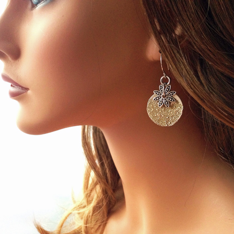 how to make easy stamped gilded earrings tutorial