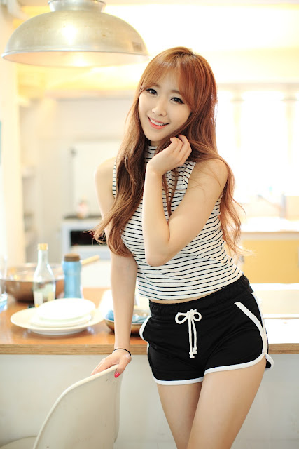 3 Fun In The Kitchen With Lovely Minah  - very cute asian girl-girlcute4u.blogspot.com