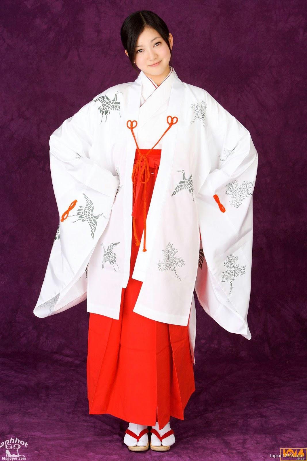 maari-nakashima_1-110F5105436-50