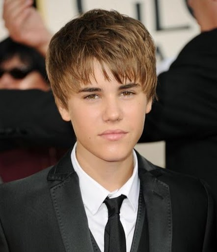 justin bieber 2011 pictures with new haircut. justin bieber new haircut