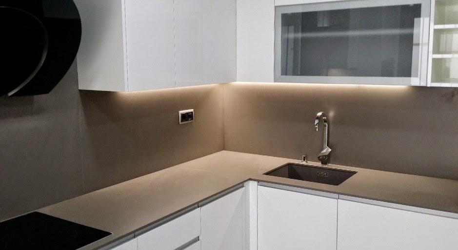 Cocina en badalona m rmoles stone consulting - Tipos encimera cocina ...