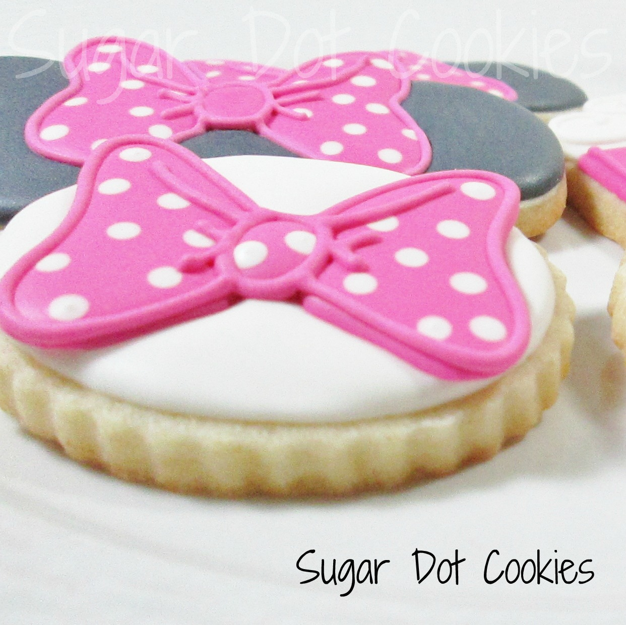 The bows on the oval cookies were royal icing transfers ...