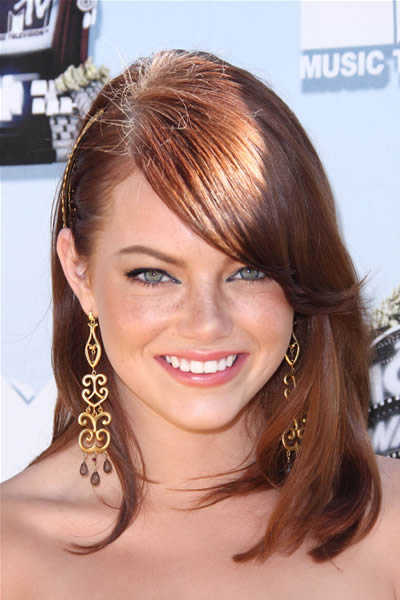 emma stone wiki. long haircuts with bangs 2011.
