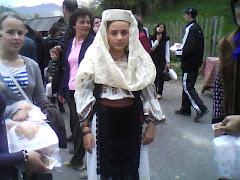 Costum popular din comuna Costesti, judetul Valcea