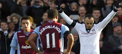Paul Lambert mengkritik kepemimpinan wasit setelah Aston Villa dikalahkan Fulham