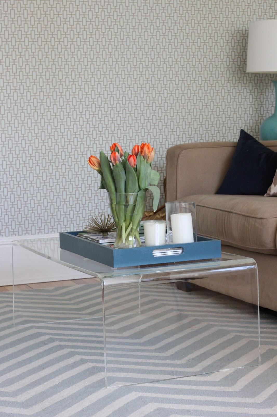 modern jane: peekaboo table.