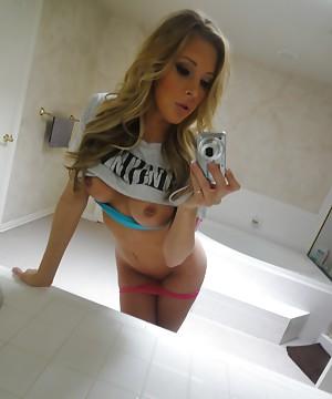 saint selfie Samantha pussy