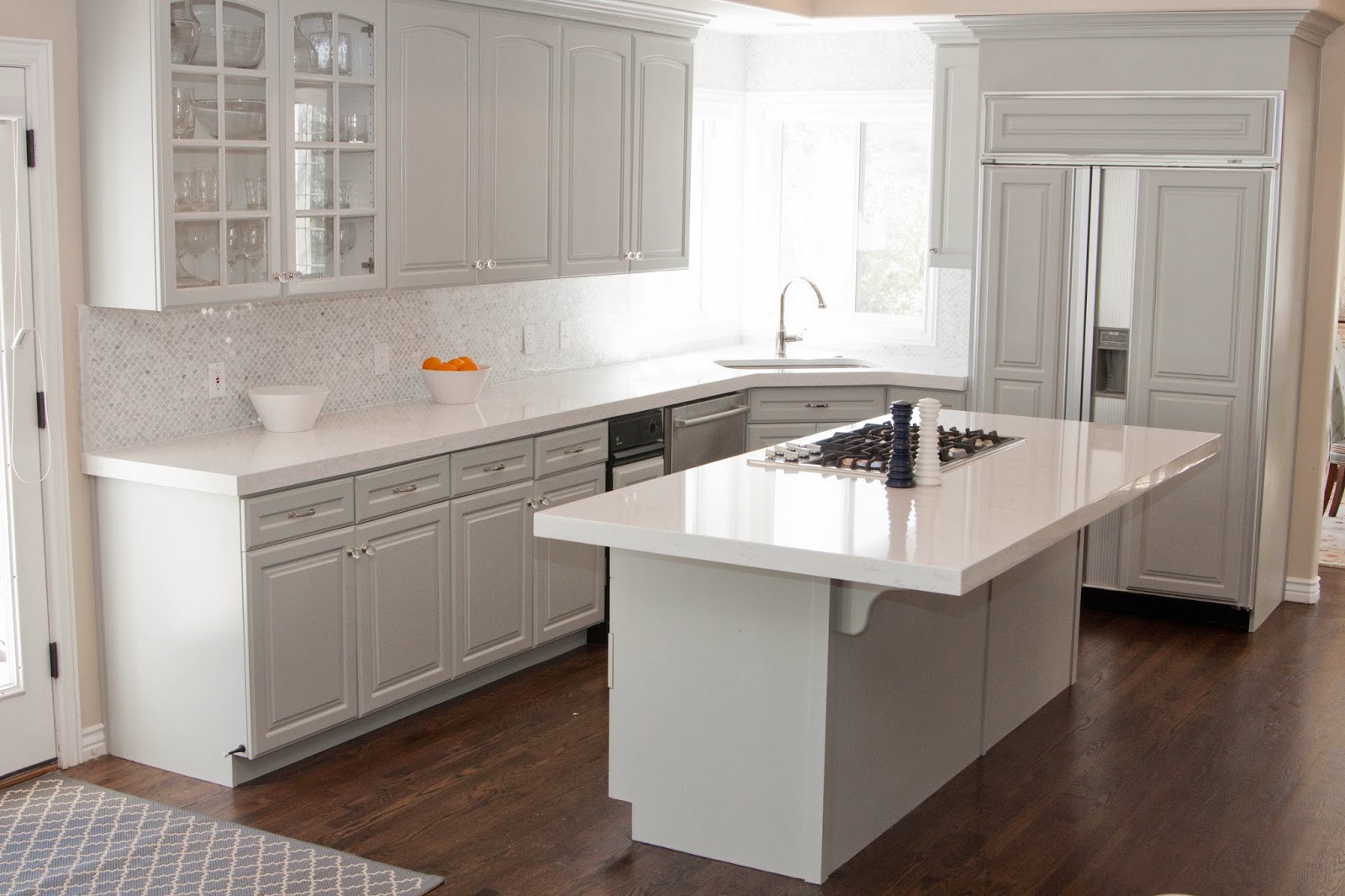 : Light Wood Floors Oak Cabinets Granite Countertop And Backsplash. Full resolution‎  img, nominally Width 1600 Height 1066 pixels, img with #BA5C11.
