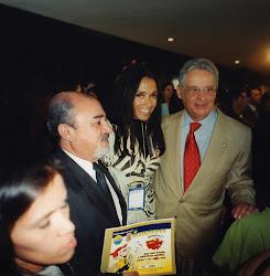 A primeira cartilha, O Brasileirinho, em Brasilia com o Presidente Fernando Henrique