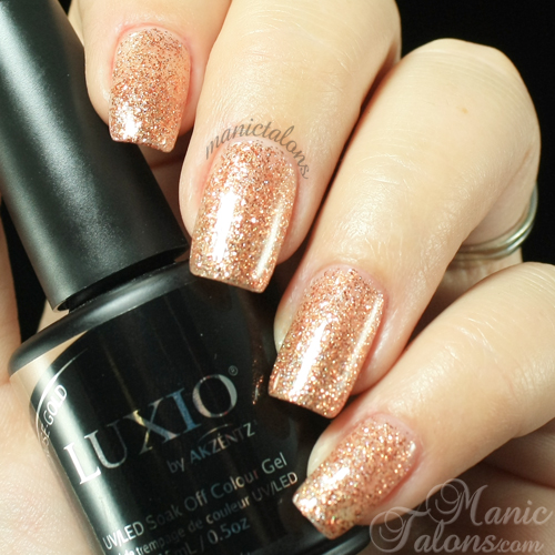 Luxio by Akzéntz Rose-Gold Swatch