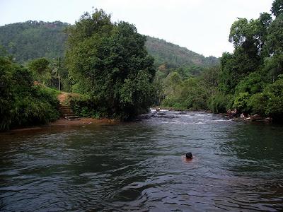Watawala, Panawala, Ehaliyagoda, safe bath place, water sports, Kitulgala, Sri lankan travel guide