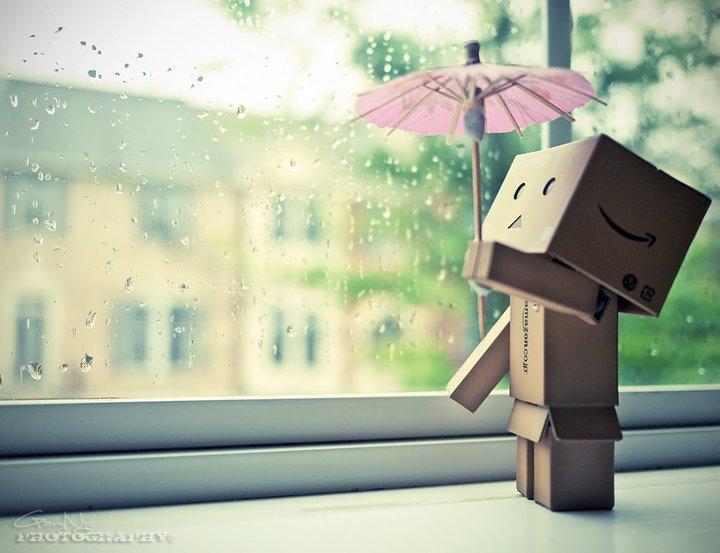 Amazon Box Robot Rain