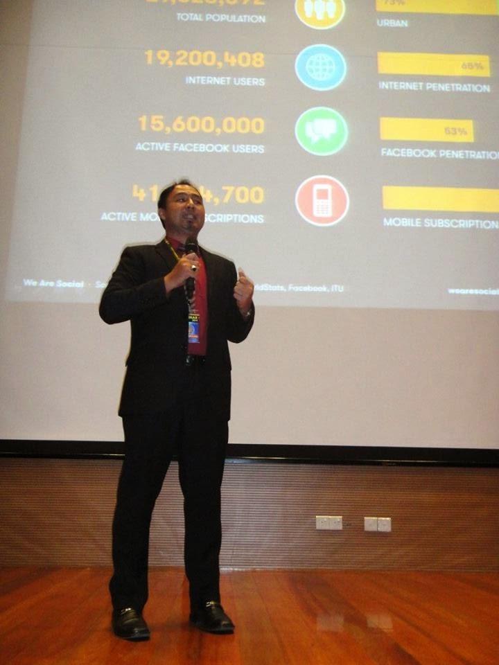 Cikgu Hailmi di Seminar PLC 2014 Peringkat Sarawak