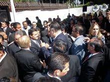 Fausto Alzati saluda a Enrique Peña Nieto
