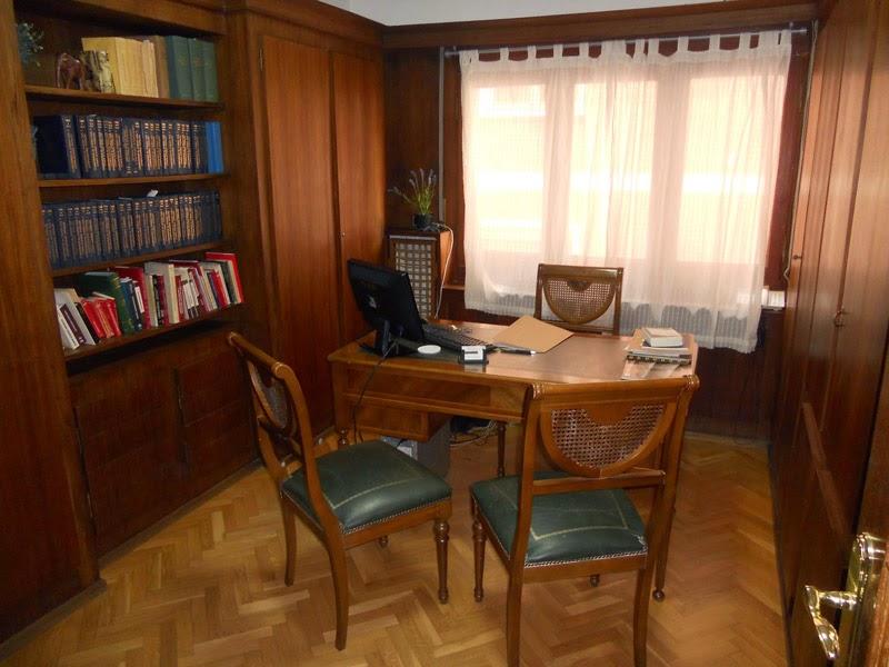 Abogado de familia en zaragoza 976 214 406 abogados for Muebles para despacho de abogados