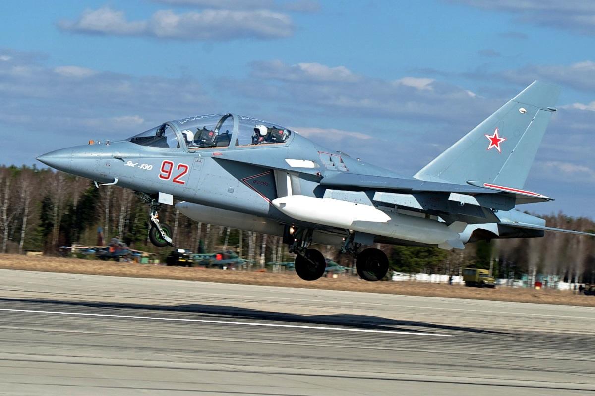 Yakovlev Yak-130 Jet Latih Tempur 2