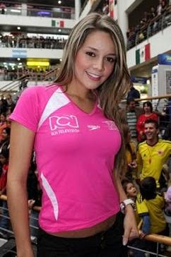 Alejandra Buitrago presentadora fuera de lugar