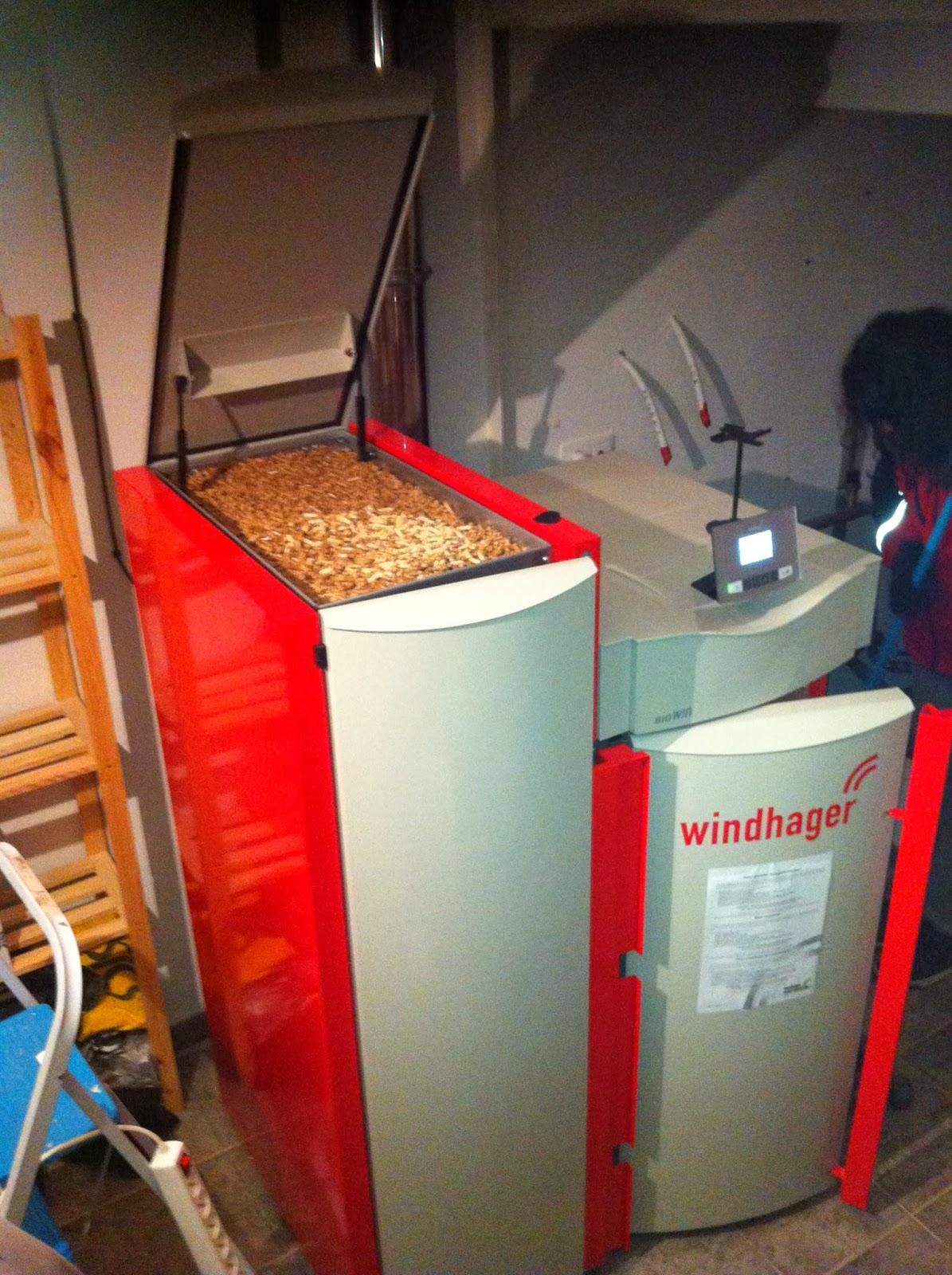 Caldera de pellet autom tica en suelo radiante burgos - Caldera para suelo radiante ...