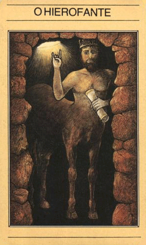 O Hierofante no Tarot Mitológico