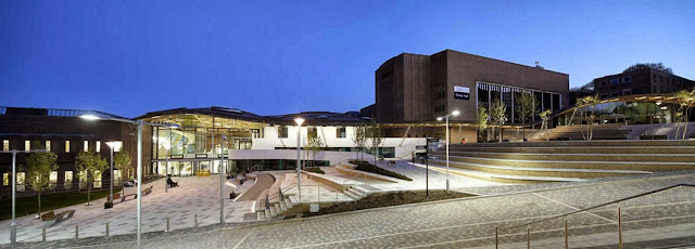 02-University-of-Exeter-Forum-by-Wilkinson-Eyre