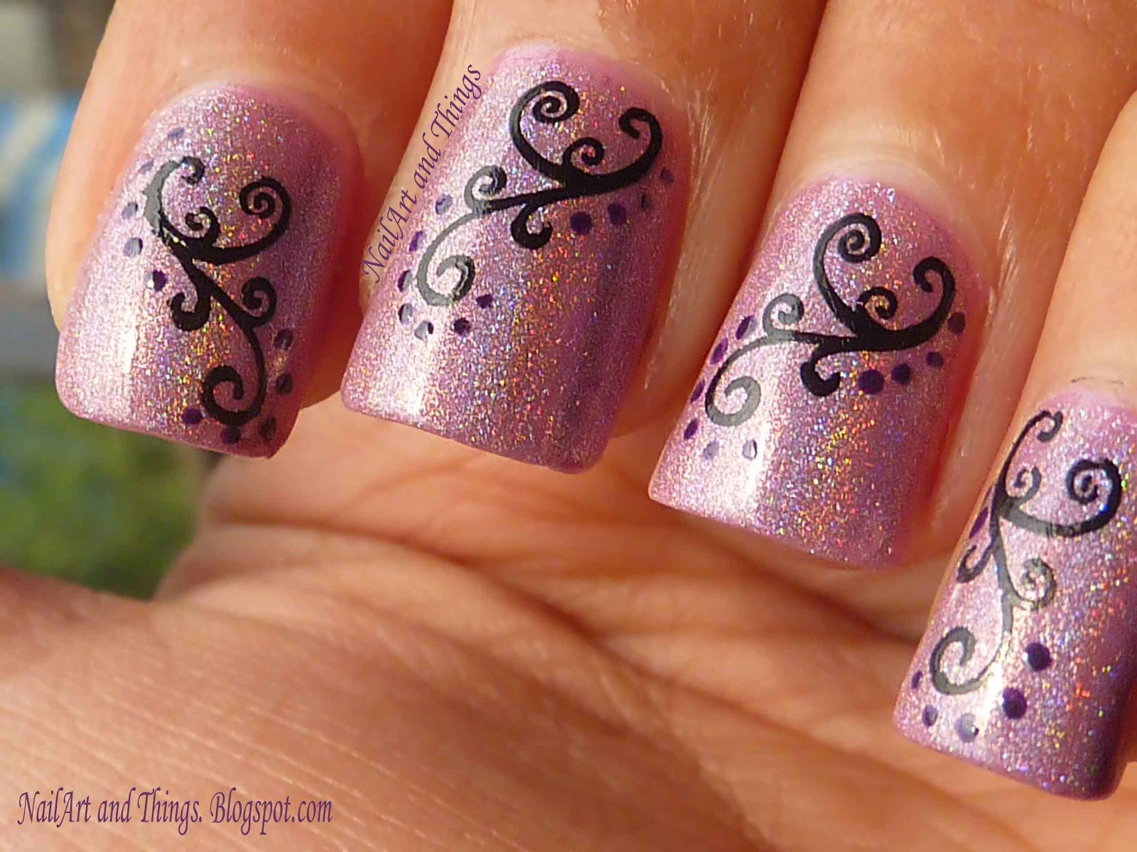 NailArt and Things: Holo Hestia+ Curvy Indian Nail Art
