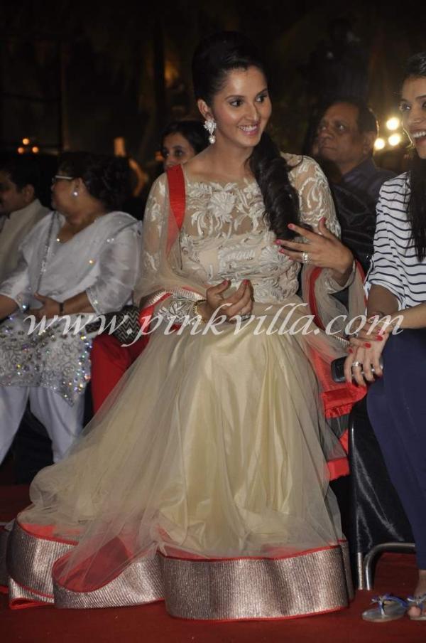 Sania Mirza receives Women's Prerna Award