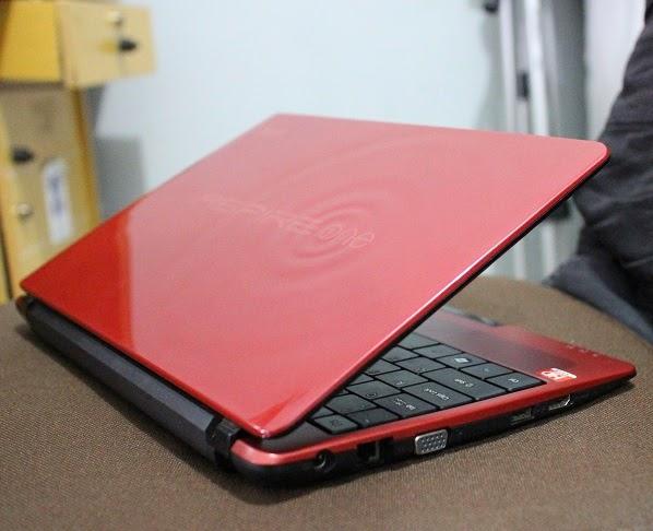 harga Jual Netbook bekas Acer AO722