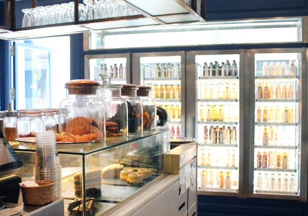 Marzua teresa s la stairway to health comida r pida for Fachadas de locales de comida rapida