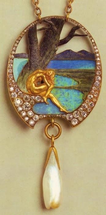 art nouveau artists lalique jewelry pendants blog of an art admirer. Black Bedroom Furniture Sets. Home Design Ideas