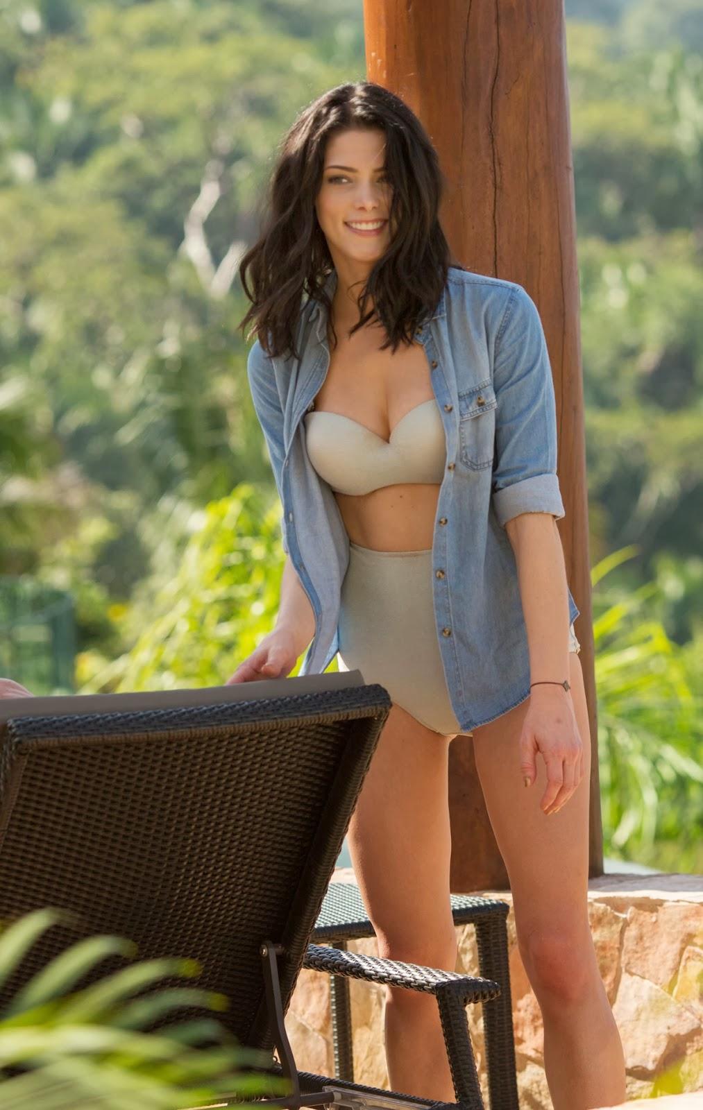 Latest Celebrity Photos: Ashley Greene Sexy and Hot Bikini ...