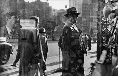 http://kvetchlandia.tumblr.com/post/122404995118/saul-leiter-five-and-dime-new-york-city
