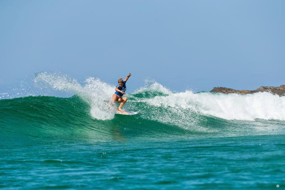 2 Roxy Pro Gold Coast 2015 Coco Ho Foto WSL Kelly Cestari