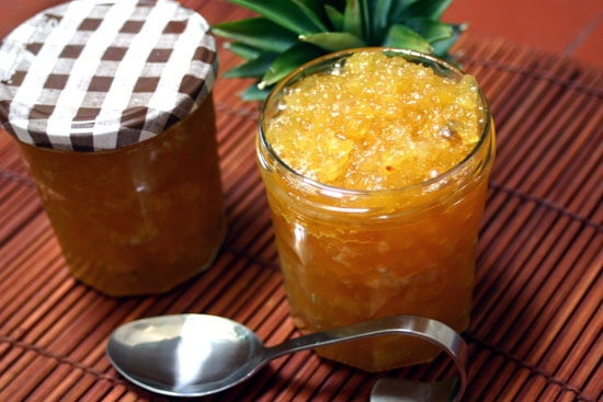 http://3.bp.blogspot.com/-UrprfOZ6Lvs/Ty1WSgWKVjI/AAAAAAAAAJg/dnD1KqC9D1Q/s1600/pineapple-jam.jpg