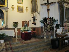 JESUS CRUCIFICADO, LA VIRGEN DE LOS DOLORES Y LA VIRGEN DE LA CANDELARIA