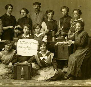 Picture of women in munitions factory