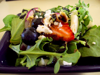 Berry Balsamic Spinach & Arugula Salad