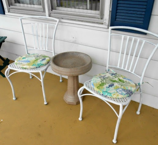 Passionate About Crafting Diy How To Repaint Metal Patio Chairs