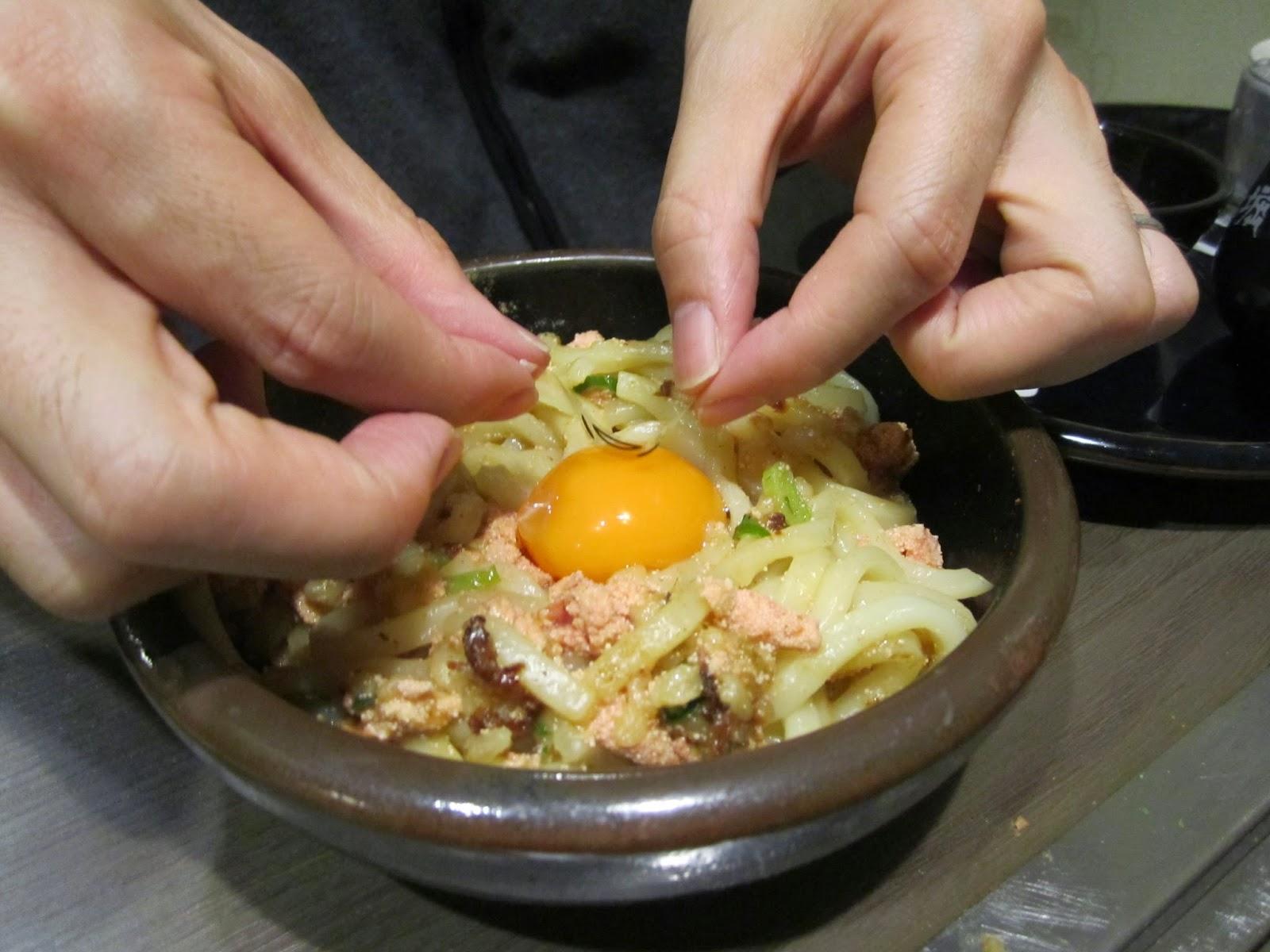 Gudetama x Dohtonbori Collaboration Campaign Udon 十和田市 ぐでたまx道頓堀コラブキャンペイン焼きうどん