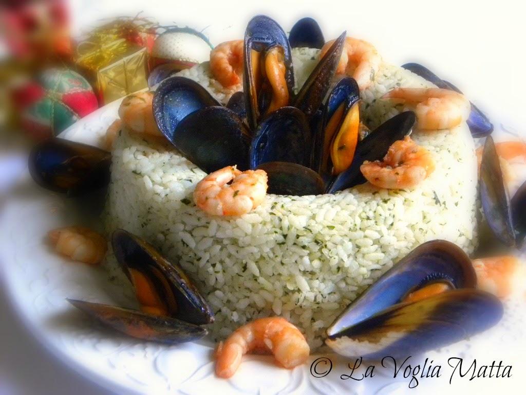 corona di riso con cozze e gamberetti