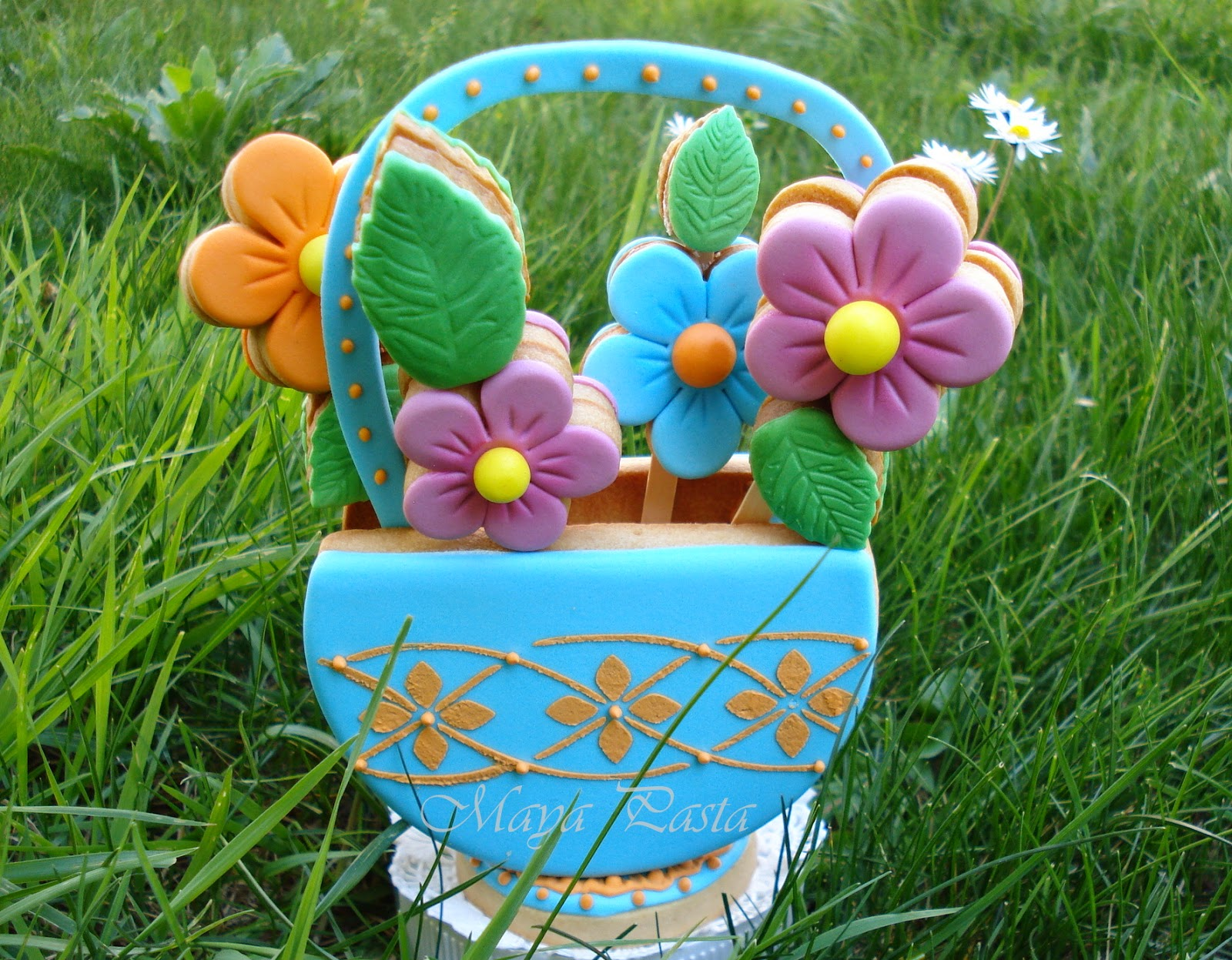 Cookie flower basket