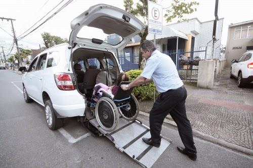 Como Adquirir Adesivo De Deficiente Fisico ~ BLOG FUTURO ESTÁ AQUI Táxis adaptados para deficientes
